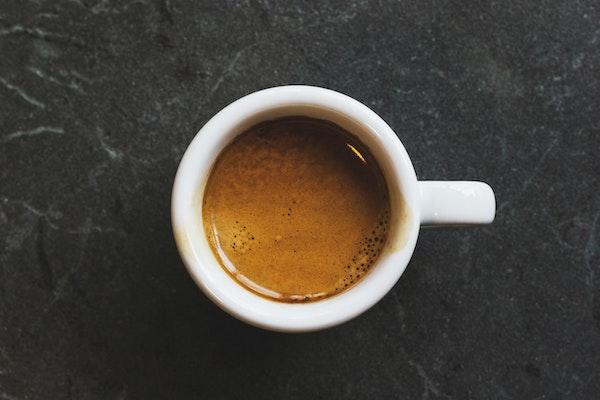 Café espresso, conocido como café solo en España